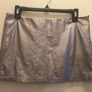 Bebe Metallic Silver Mini Skirt - Sz Small